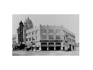 Landmark 23 - Fox Oakland Theater and Building