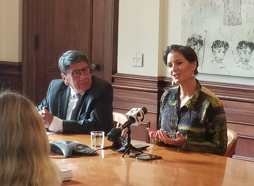 Mayor Libby Schaaf And Cultural Affairs Manager Roberto Bedoya Annoucing The Release Of The Cultural Plan On September 17 2018